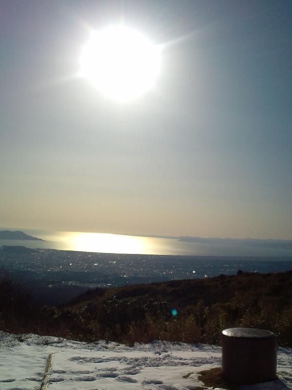 太陽と雪.JPG